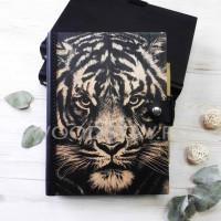 Ежедневник из дерева и кожи Тигр (LW-00011)